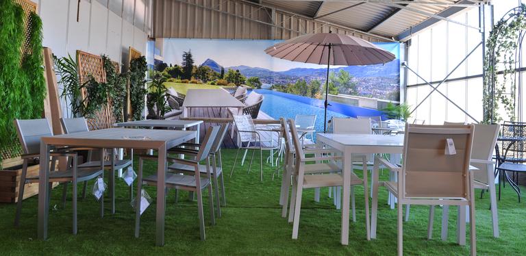 Venda de moble de terrassa i jard a barcelona garden - Jardi pond terrassa ...