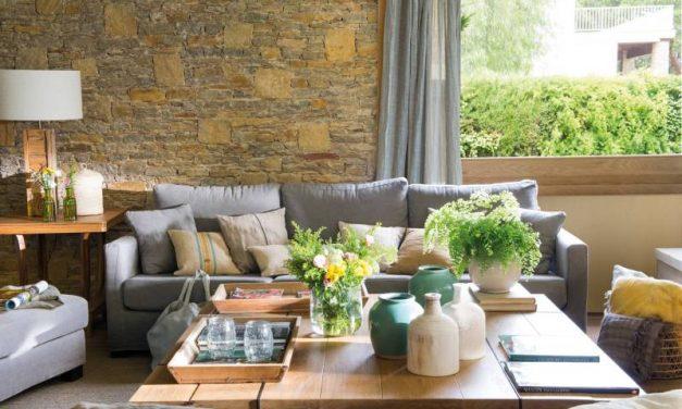 Consejos para decorar con flores la mesa del salón