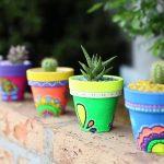 Ideas para decorar macetas y jardineras